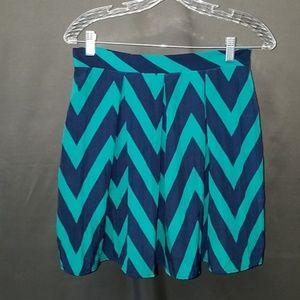 3 for $10-- Medium Buttons Brand Skirt
